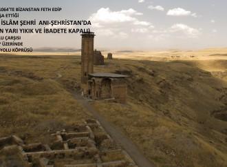 Sultan Alparslan'ın Malazgirt'te Zafer Kazanması İçin Cuma Hutbesinde Zafer Duası Yapılan Anadolu'nun İlk Selçuklu Camii Halen Yarı Yıkık ve İbadete Kapalı